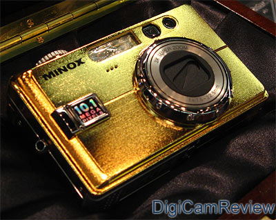 Minox DC1011 in Gold