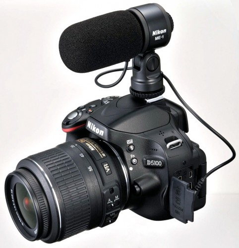 D5100_front_with_microphone_me-1