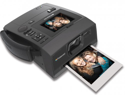 f9d7d07e3e ePHOTOzine has reviewed the Polaroid Z340 – a 14 megapixel camera with a  built in Zink printer that prints 3 x 4 inch prints
